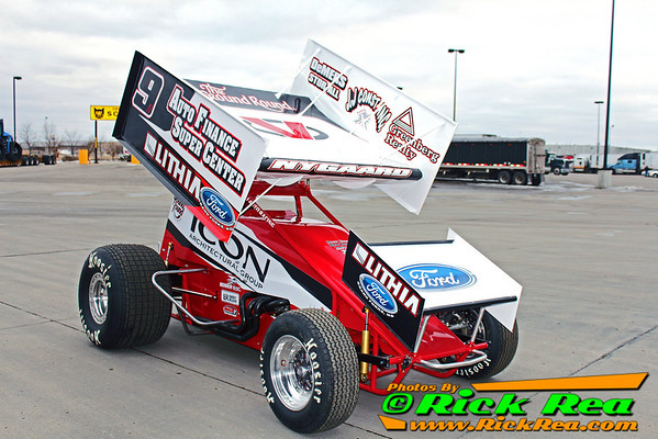 16 time champion Wade Nygaard's NEW 2014 J&J Outlaw Sprint Car all fresh and ready to race. Great looking car Wade.